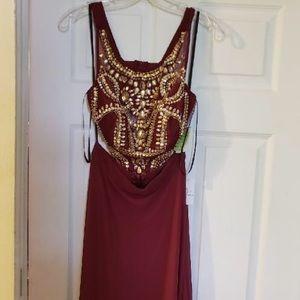 2 piece burgundy prom dress